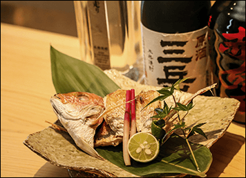 月うさぎの焼き魚です